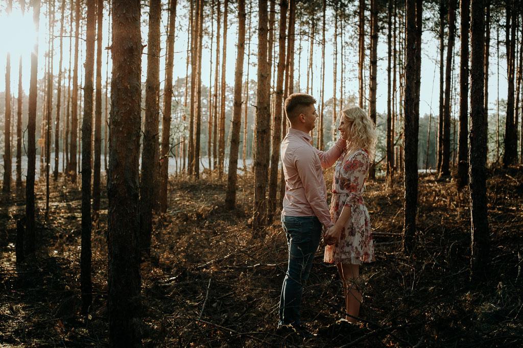 Ola i Michał – sesja przedślubna w starej piaskarni